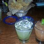 Mojito, chips and margarita