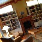 common area, reading room