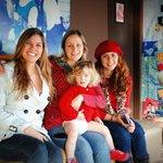 Eu, Julia e Catalina (as donas encantadoras) e minha amiga na nossa despedida