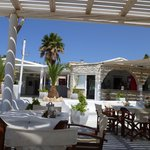 Φωτογραφία: PARADISO CLUB HOTEL - BEACH BAR - RESTAURANT