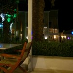 ristorante e bar di sera