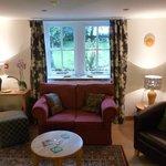 Lounge Turnip House