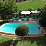 La piscine vue de notre terrasse