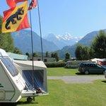 Camping met vlaggenvertoon