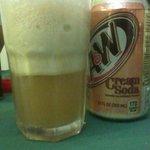 Leona's Art Restaurant - Cream Soda