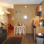 kitchenette area breezeway apt