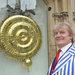 The Chronophage and Tony the guide.