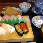 寿司定食¥1,365-
