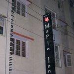 Maple Inn Budget Hotel Foto