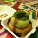 Bonza Pie deal, mash gravy and mushy pea's