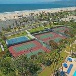 Ocean View Courts adjacent to Santa Monica Beach