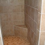 25 sf shower