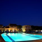 Night View - Apartments & Pool area