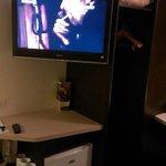 TV, réfrigérateur, penderie, etc.