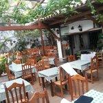 tipico patio andaluz,para desayuno comidas...