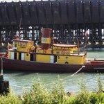Edna G tugboat