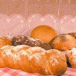 une large gamme de pains divers boulangerie Bucamp