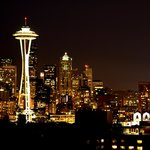 Night time view of Seattle from Kerry Park