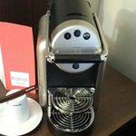 La Nespresso dans la chambre