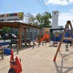 Área Junior y de actividades infantiles