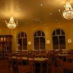 Piquante Palais-The Restaurant area