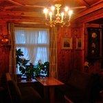 木のぬくもりであふれる談話室