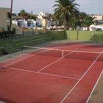 Tennis courts Los Barqueros