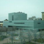Figge Art Museum, West 2nd Street, from the Skybridge