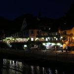 Hotel Haus Burg Metternich bei Nacht