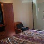 Main sleeping area one queen non-smoking room