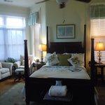 Turret Suite--bedroom
