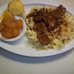 Beef tips over noodles & Fried Apples