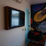 Téléviseur et déco murale