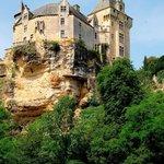 Un des châteaux sur les bords de la Dordogne