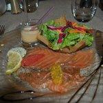 Saumon frais mariné aux agrumes