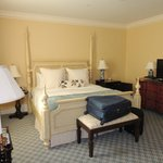 Four poster beds and comfy mattress
