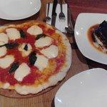 Pizza y Melanzane alla Parmigiana