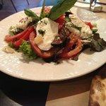 salade tomate mozzarela Di buffala e basilic