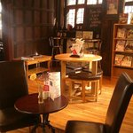 Charming coffee shop in an independant bookshop within a 16th century building