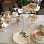 Chá da Tarde no Brown's Hotel.