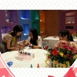 Hello Kitty nail salon - manicure