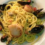 Scallop, Mussel & Clam Spaghetti with Saffron Cream Sauce