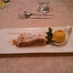 strudel con gelato al mango