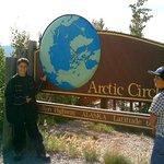 local onde passa o circulo polar ártico meu filho de preto