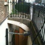 la chiostrina sotto l' ingresso dove era ubicata la camera