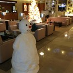 Холл отеля в новогодние праздники 2013