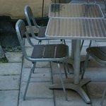 particolare tavoli e sedie