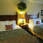 2 Queen Beds (Heavenly Night Sleep), Room #418