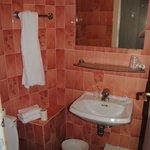 Amplio cuarto de baño