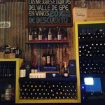El Taller Wine Bar